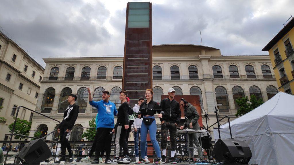 TARDES DE GARAJE CANTA A LOS ODS EN EL ACTO FINAL DE #MADRIDDALANOTA