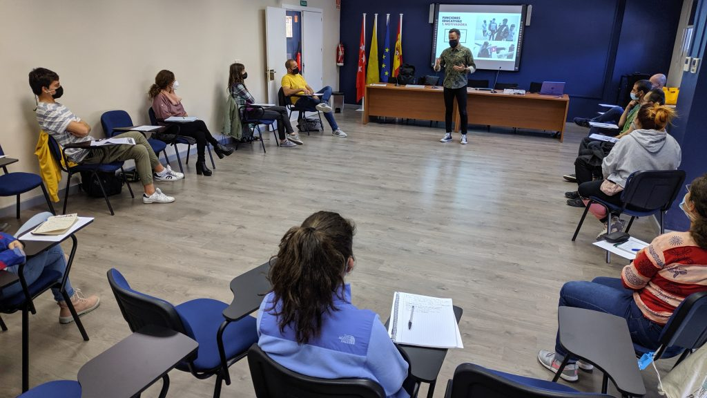 IMPARTIMOS UN NUEVO CURSO DE RAP EDUCATIVO EN COLLADO VILLALBA